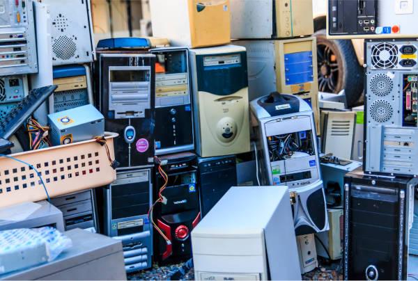 e-waste contributes to landfills